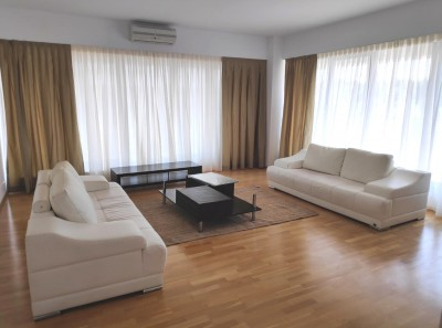 Apartament de inchiriat 3 camere zona Pipera/Scoala Americana 156 mp