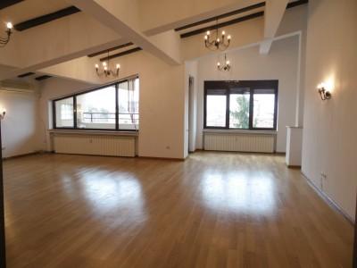 Apartament de inchiriat 5 camere tip duplex zona Floreasca - Verdi Park, Bucuresti