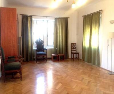 Apartament de inchiriat in vila pentru birouri zona Dacia - Piata Romana, Bucuresti