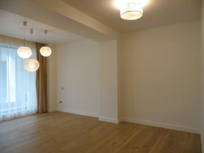 Apartament 3 camere de inchiriat zona Piata Victoriei, Bucuresti 135 mp