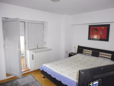 Apartament de inchiriere 4 camere zona Victoriei, Bucuresti 99 mp