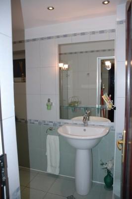 Apartament de vanzare 2 camere zona B-dul Unirii, Bucuresti 85 mp