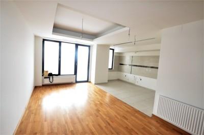 Apartament de vanzare 2 camere zona Iancu Nicolae, Bucuresti 125 mp