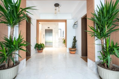 Apartment for sale 2 rooms Victoriei Square area, Bucharest 90 sqm