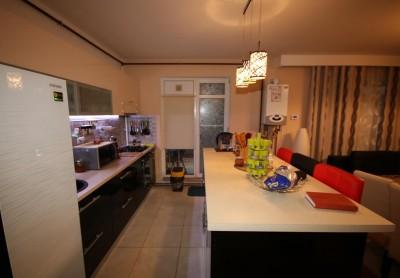 Apartament de vanzare 3 camere zona Baneasa Sisesti, Bucuresti 108 mp