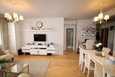Apartament de vanzare 3 camere zona Baneasa-Sisesti, Bucuresti 89 mp
