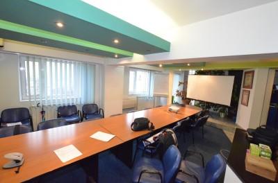 Apartament de vanzare 3 camere zona Bulevardul Libertatii, Bucuresti 95 mp