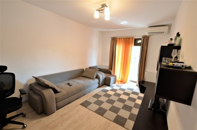 Apartament de vanzare 3 camere zona Fundeni, Bucuresti 110 mp