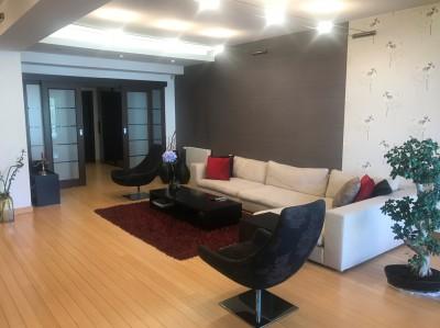Apartament de vanzare 3 camere zona Herastrau 184 mp