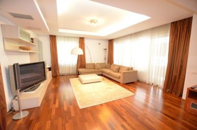 Apartament de vanzare 3 camere zona Herastrau-Nordului, Bucuresti 185 mp