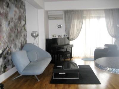 Apartament de vanzare 3 camere zona Piata Chibrit, Bucuresti 130 mp