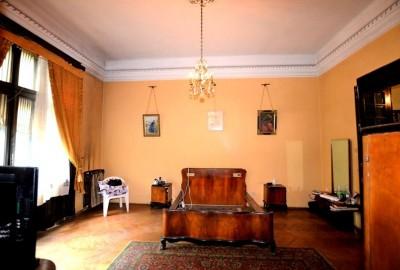 Apartament de vanzare 3 camere zona Piata Victoriei-Ultracentral 153 mp