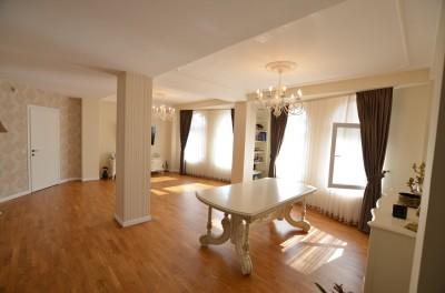 Apartament de vanzare 3 camere zona Pipera-Iancu Nicolae, Bucuresti 160 mp