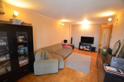 Apartment for sale 3 rooms Unirii area, Bucharest 115 sqm