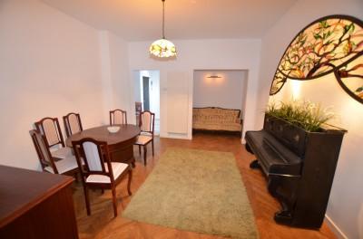 Apartament de vanzare 3 camere zona Universitate, Bucuresti 90 mp