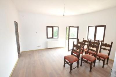 Apartament de vanzare 4 camere zona Dorobanti- Capitale, Bucuresti 114 mp