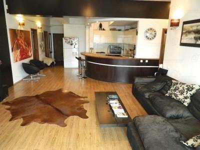 Apartament de vanzare 4 camere zona Foisor 145 mp