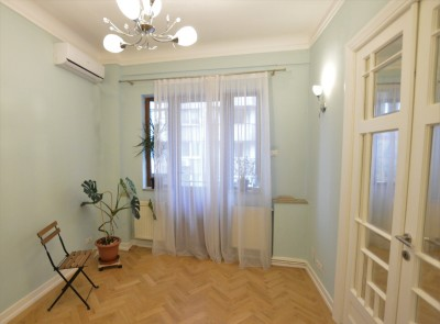Apartment for rent 4 rooms Cismigiu Park area 160 sqm