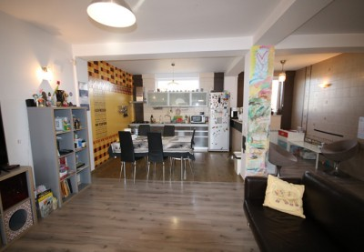 Apartament de vanzare 4 camere zona Pipera 182 mp