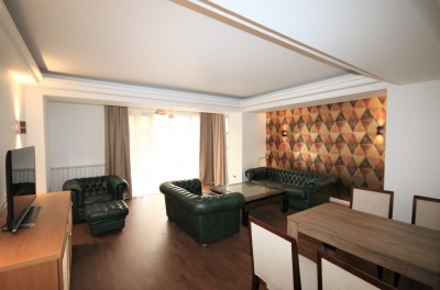 Apartament de inchiriat 4 camere zona Primaverii 128 mp