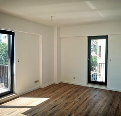 Apartament de vanzare 4 camere zona Victoriei 144 mp