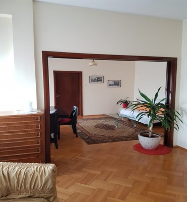 Apartment for sale 4 rooms Victoriei area 120 sqm