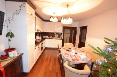 Apartament de vanzare 5 camere zona Unirii Fantani, Bucuresti 120 mp