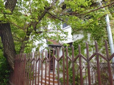 Apartament de vanzare in vila 3 camere zona Cotroceni-Elefterie, Bucuresti 130 mp