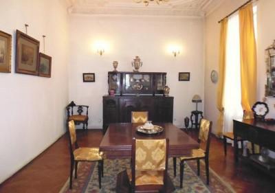 Casa de vanzare 10 camere zona Unirii, Bucuresti 697 mp