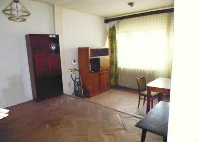 Casa de vanzare  3 camere zona Ion Mihalache, Bucuresti 147 mp