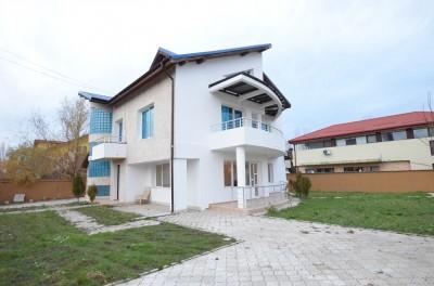 Casa de vanzare 6 camere zona Corbeanca, Ilfov 330 mp