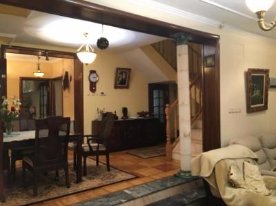 Casa de vanzare 8 camere zona Titulescu, Bucuresti 320 mp