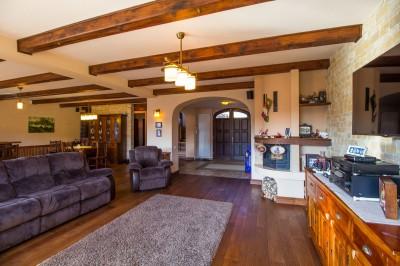 Casa de vanzare 9 camere zona Drumul Poienii, Brasov 624 mp