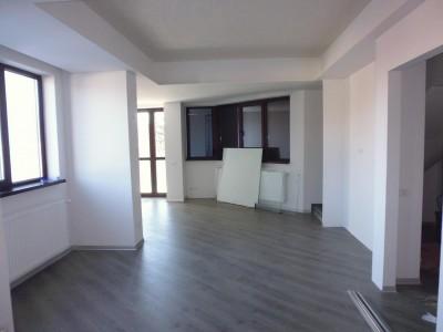 Duplex de vanzare 3 camere zona Baneasa-Dobrogeanu Gherea, Bucuresti 118 mp