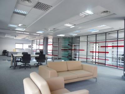Imobil birouri de vanzare zona Baneasa, Bucuresti 1.651 mp