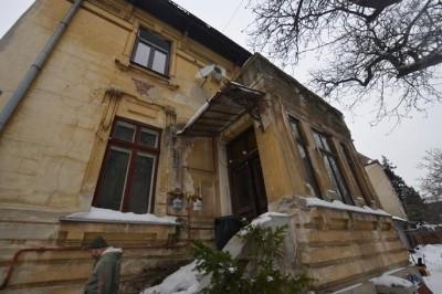Imobil de vanzare 10 camere zona Cismigiu, Bucuresti 450 mp