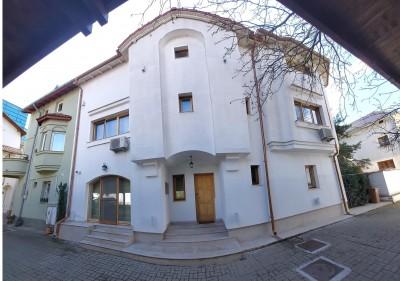 Imobil de vanzare 8 camere zona Herastrau- Nordului, Bucuresti