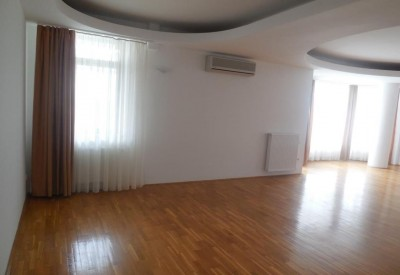 Imobil de vanzare zona Primaverii, Bucuresti 720 mp