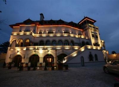 Palat de vanzare 55 camere zona Parcul Carol, Bucuresti 2500 mp