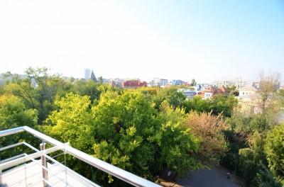 Penthouse de vanzare 3 camere zona Parcul Ioanid, Bucuresti 140 mp