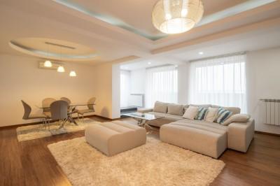 Penthouse de inchiriat 3 camere zona Pipera-Iancu Nicolae, Bucuresti 247 mp