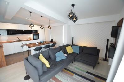 Penthouse de vanzare 3 camere zona Mosilor, Bucuresti 110 mp