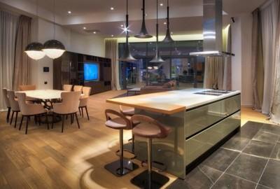 Penthouse de vanzare 5 camere  zona Herastrau 301 mp