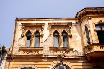 Palatul Luigi Cazzavillan de vanzare zona Parcul Cismigiu, Bucuresti 571 mp