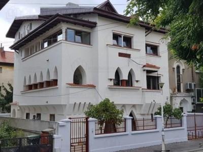 Spatii birouri de inchiriat in vila zona Cotroceni, Bucuresti 240 mp