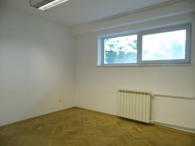 Spatii birouri de inchiriat in vila zona Dristor - Decebal, Bucuresti 320 mp