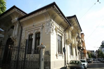Spatii birouri de inchiriat in vila zona Universitate - Armeneasca, Bucuresti 690 sqm