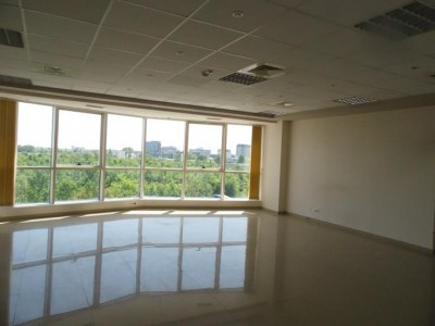 Spatii birouri de vanzare zona Pipera, Bucuresti 4.368 mp