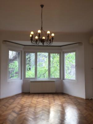 Spatii birouri de inchiriat in vila 5 camere zona Universitate, Bucuresti