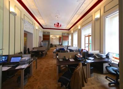 Spatii de birouri de inchiriat zona Piata Universitatii, Bucuresti